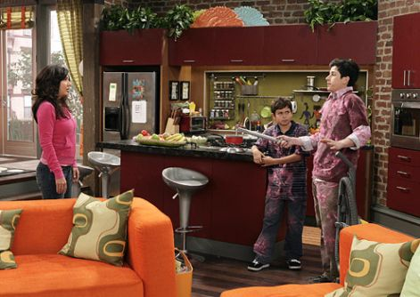 wizards-waverly-place11.jpg
